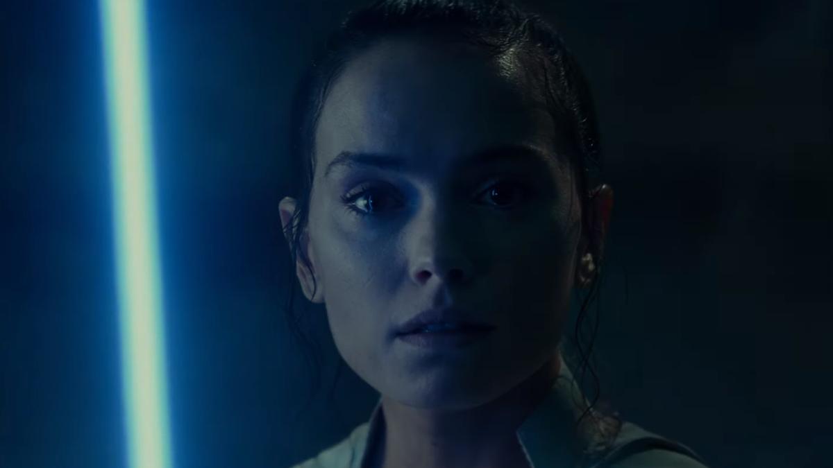 In the Final Star Wars: The Rise of Skywalker Trailer, an Awe-Inspiring Battle Begins
