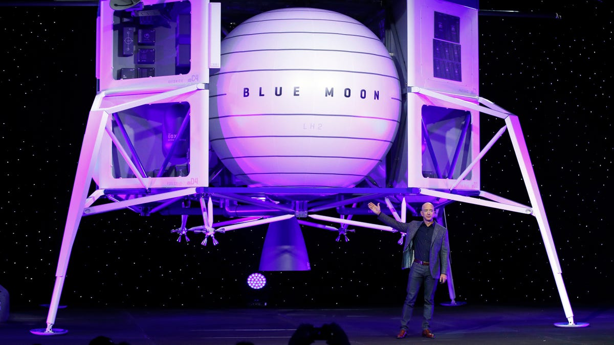 Jeff Bezos Says Amazon Should Treat Employees Better While Preparing to Flee Planet Earth