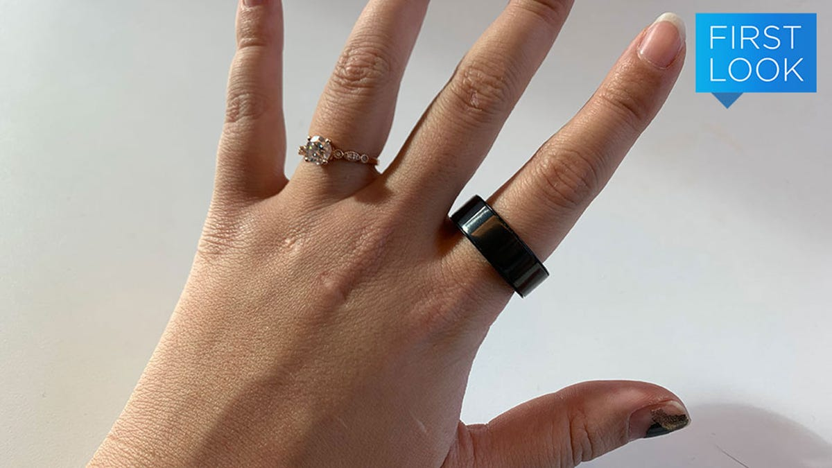 Hey, Look! Another Fitness Tracker For Your Finger, Now With a Button