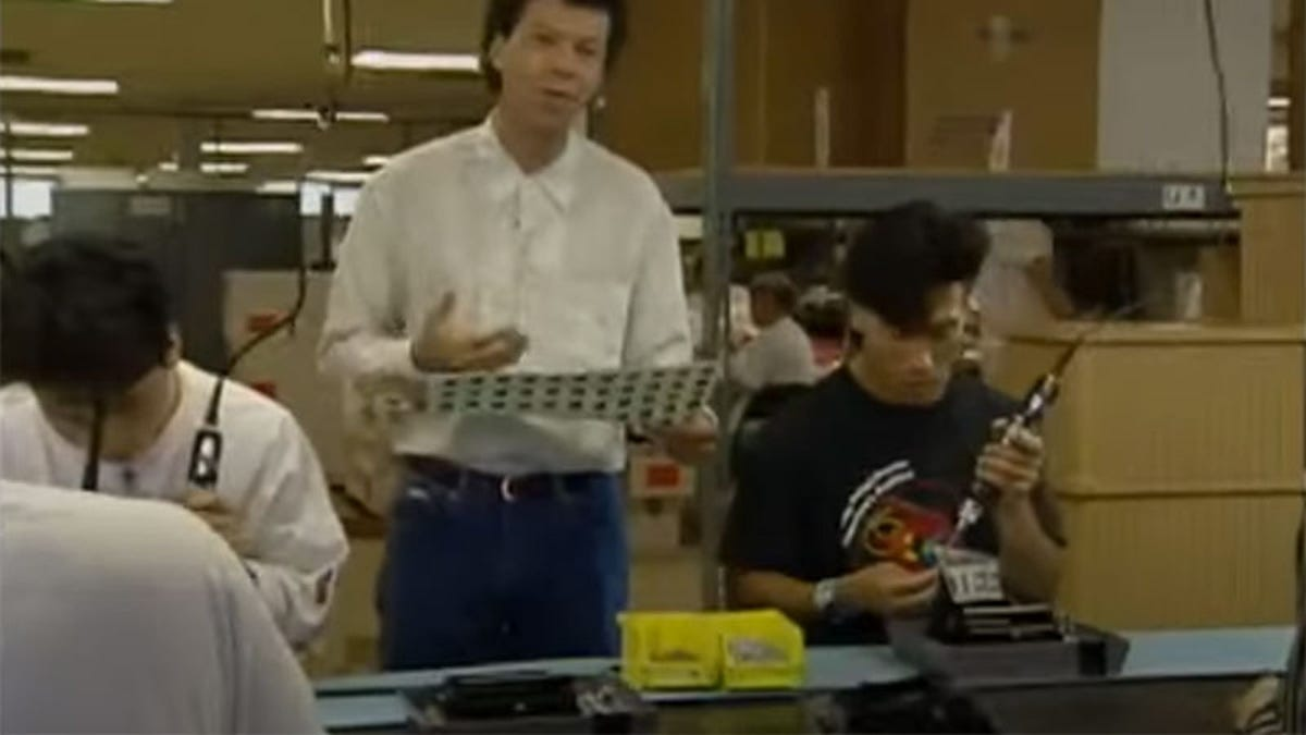 Lost Video Takes Us Inside Nintendo In 1990, Shows NES Consoles Being Made