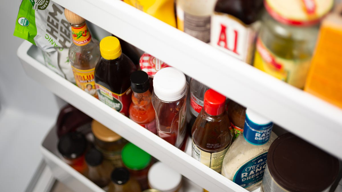 Banish Your Condiments to a Cooler for Stress-Free Thanksgiving Prep