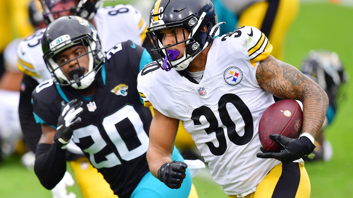 Steelers' James Conner, high-risk as cancer survivor, tests positive for COVID-19