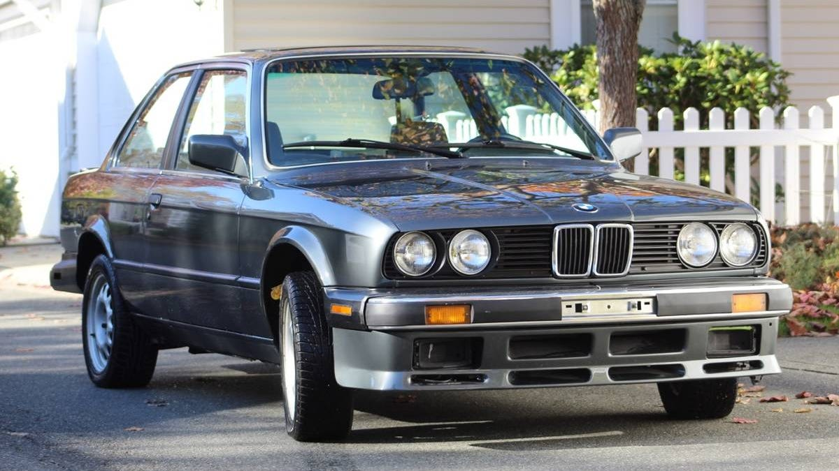 At $13,500, Could You Get Enthusiastic About This 1987 BMW 325is?