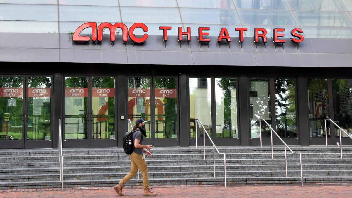 How to Rent a Private Movie Theater During the Pandemic