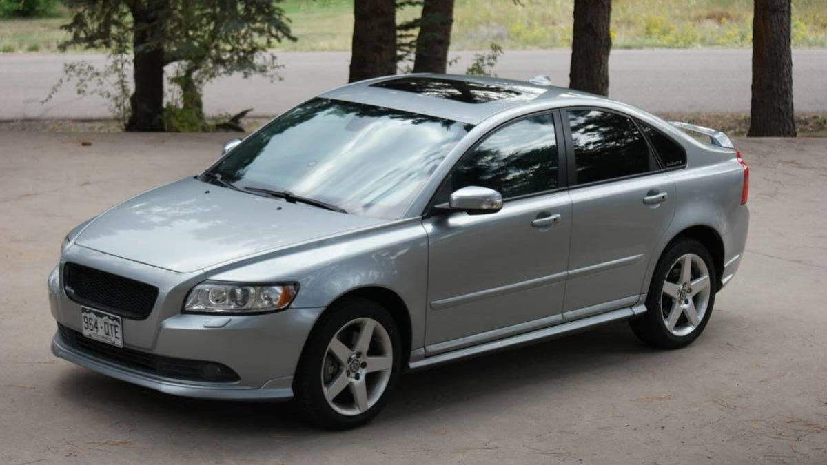 At $9,000, Would You Set your Designs On This 2010 Volvo S40 T5 R-Design?