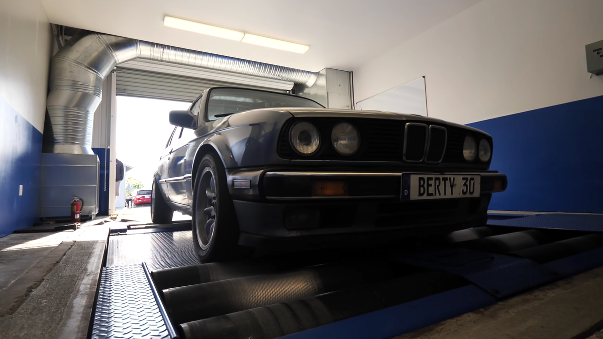 Here's How Much Horsepower A $1,600 Craigslist BMW E30 Makes
