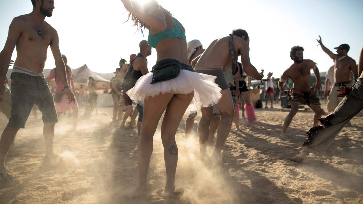 Hey Burning Man, the government wants you to stop pooping everywhere