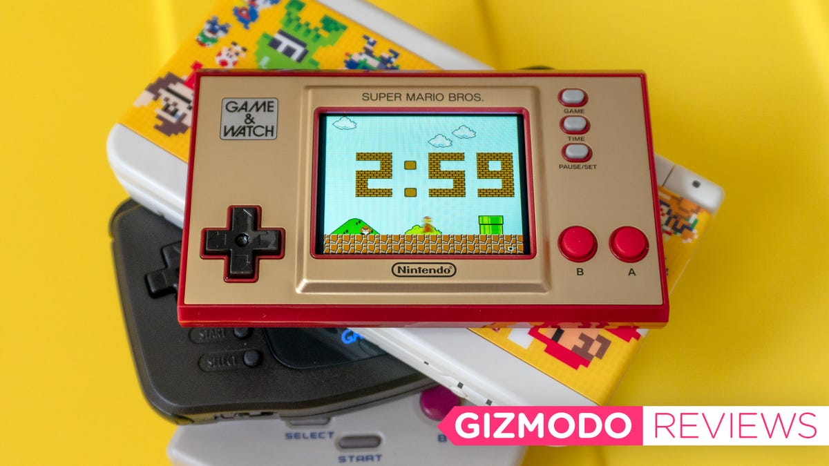 Nintendo's Adorable Retro Handheld Would Be Perfect With More Games