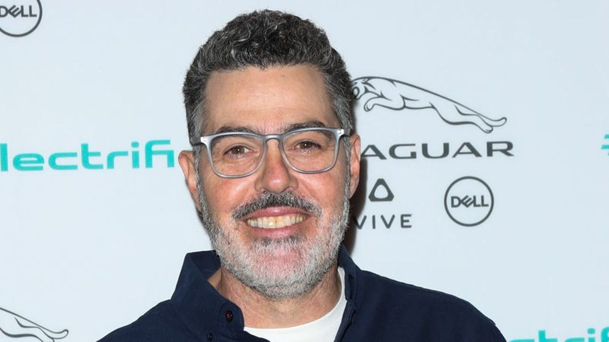 Adam Carolla needs your money to really stick it to those damn ?safe spaces?