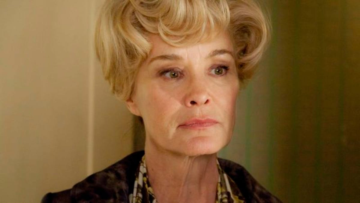 """American Horror Story Moira And Elizabeth american horror story: """"afterbirth"""""""