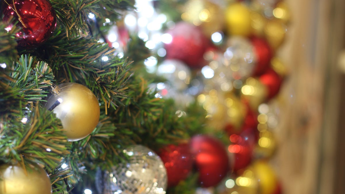 Estas tiendas y restaurantes están abiertos en Navidad thumbnail