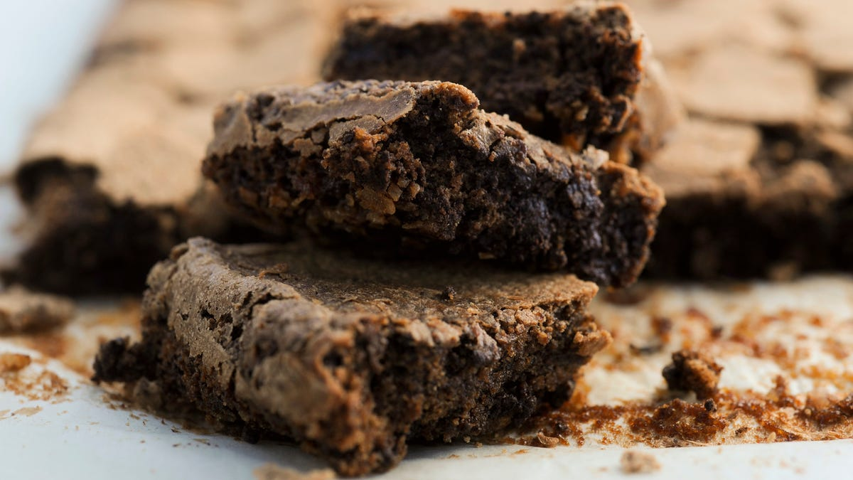 A blind taste test to determine the best boxed brownie mix
