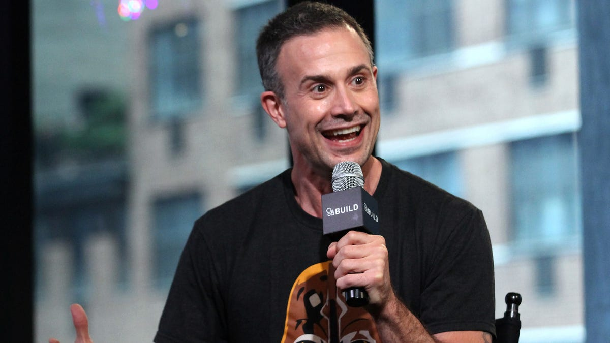 Freddie Prinze Jr. cast as the guy who divorced Punky Brewster
