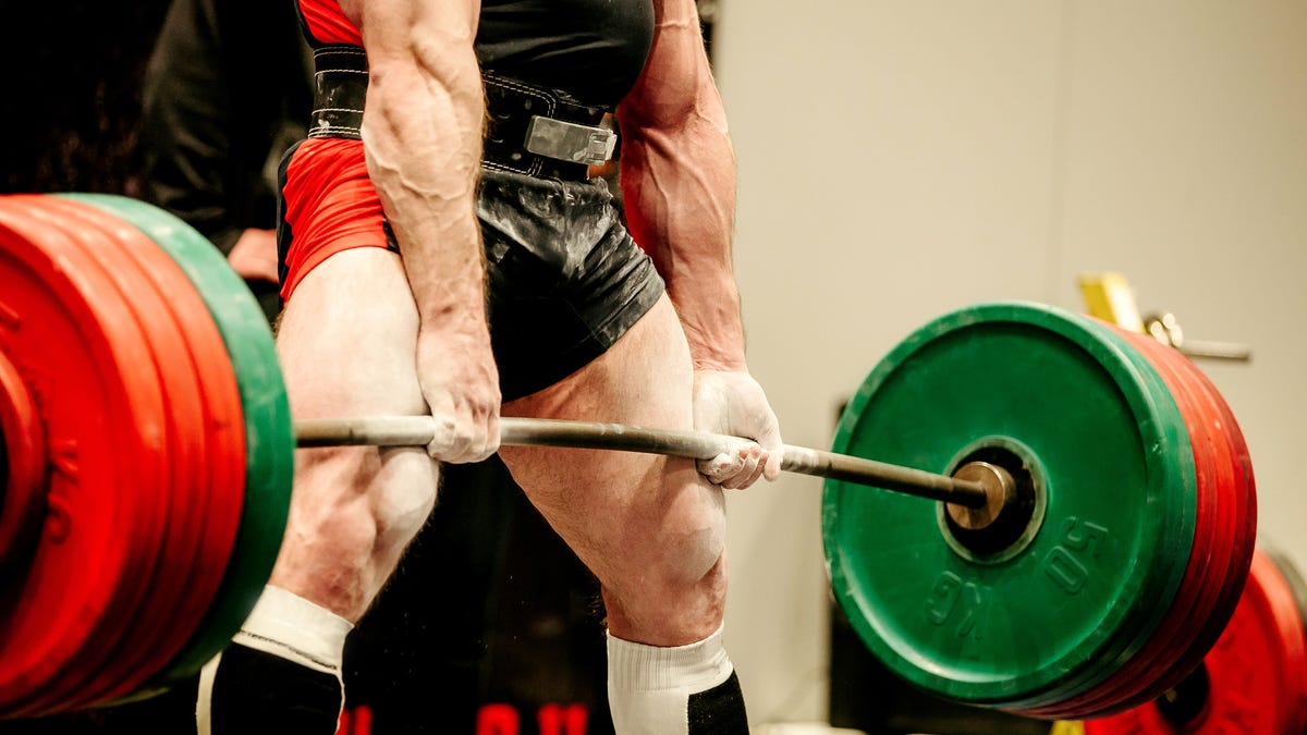 How to Hold Onto a Deadlift Bar