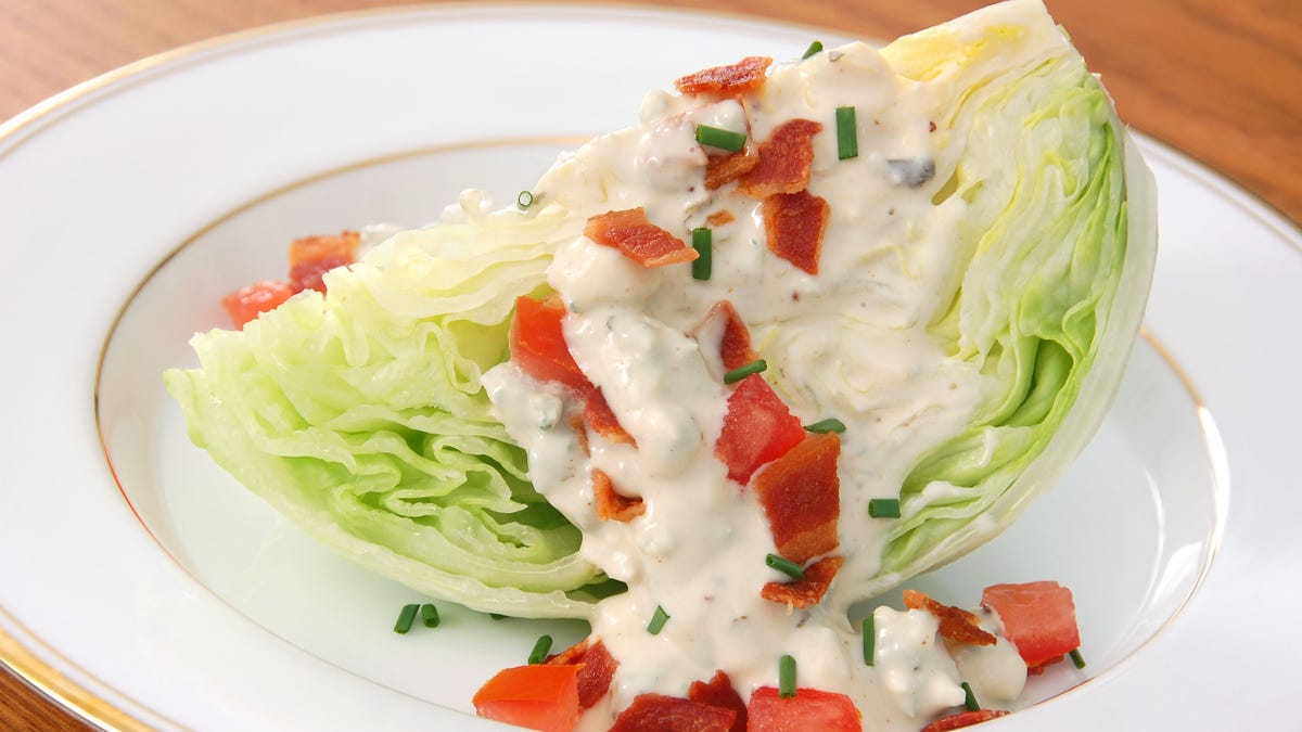 Iceberg is no longer the dominant lettuce in America. What will we do now?