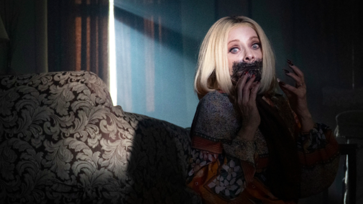 Barbara Crampton shows why she's a horror legend in Jakob's Wife