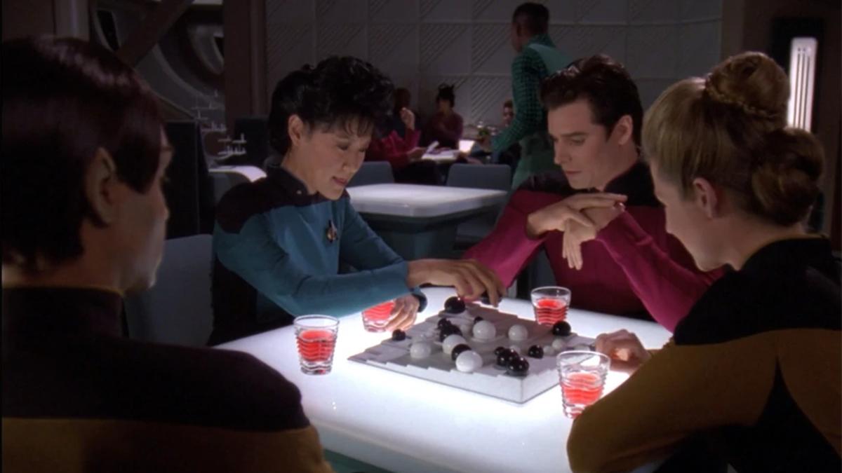 TNG's 'Lower Decks' Episode Is a Perfect Peek Behind Star Trek's Curtains