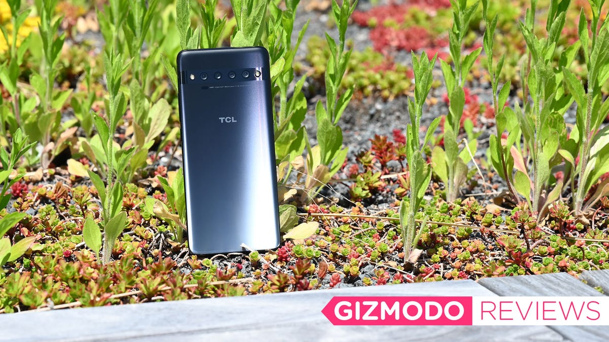 The $450 TCL 10 Pro Is the Most Overlooked Deal in Phones
