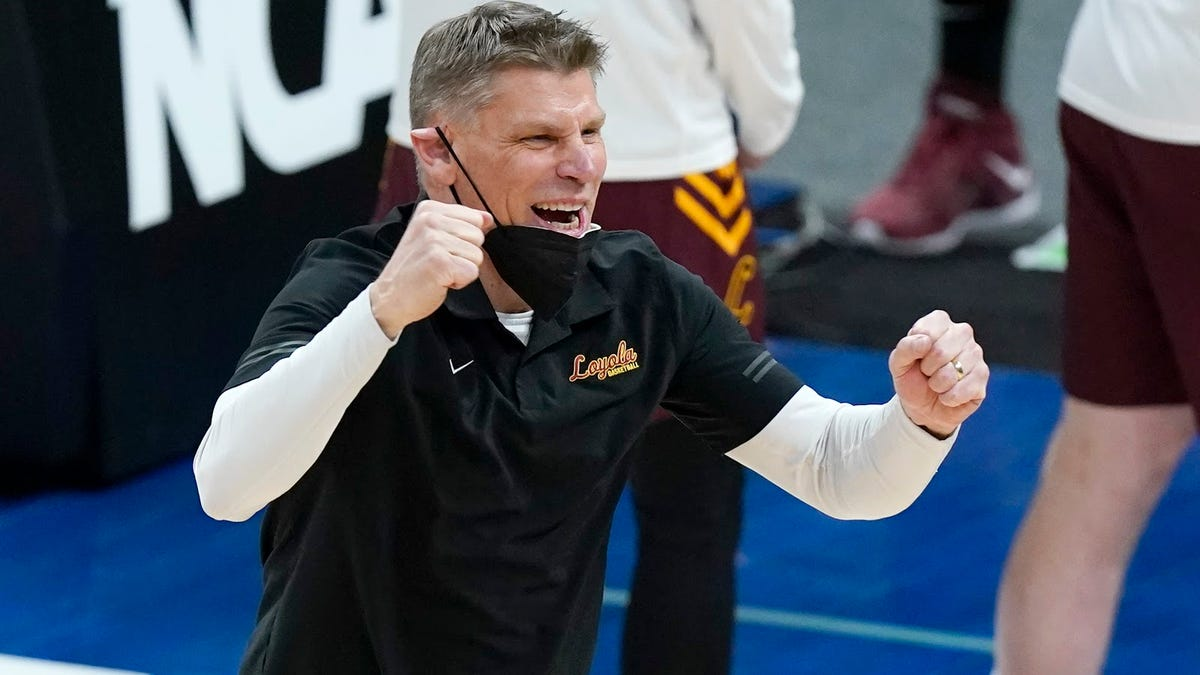 Porter Moser is Loyola's key to success, not Sister Jean