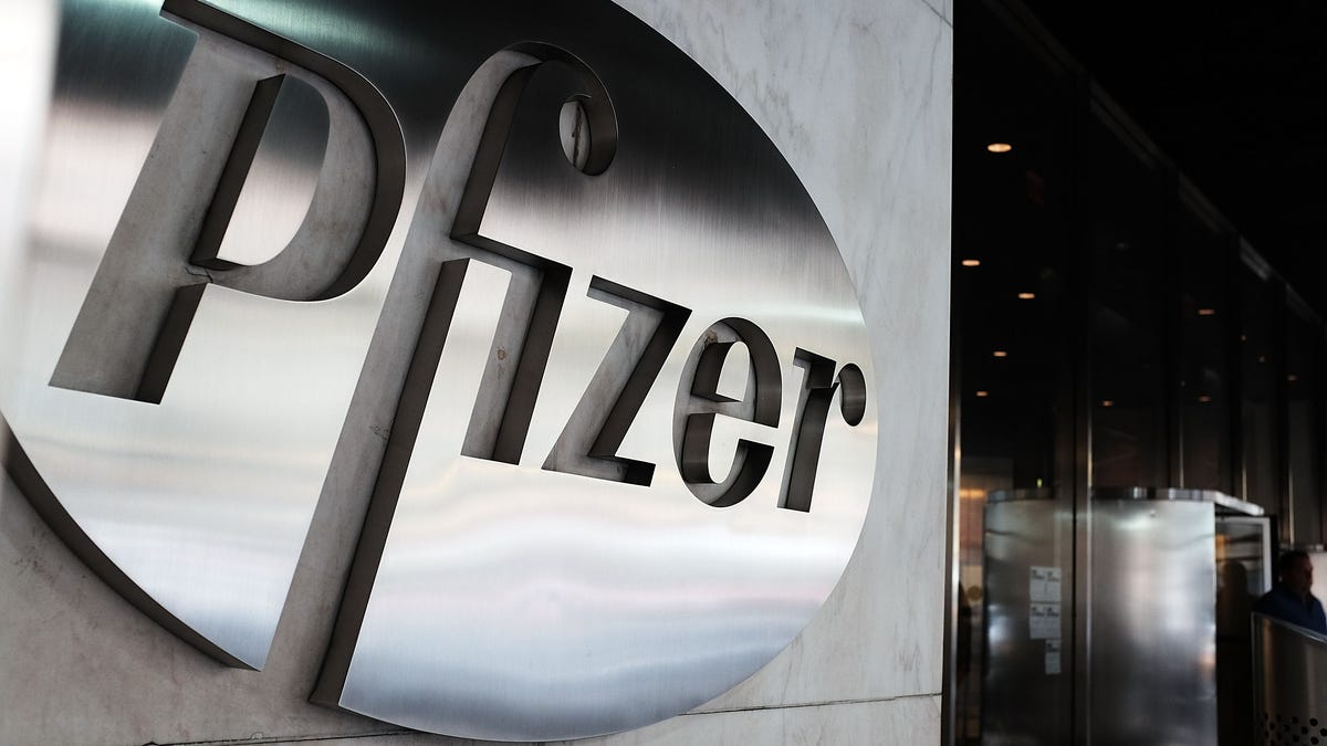 Pfizer Halts Drug Research For Alzheimer's and Parkinson's Because It's Too Expensive [Updated]