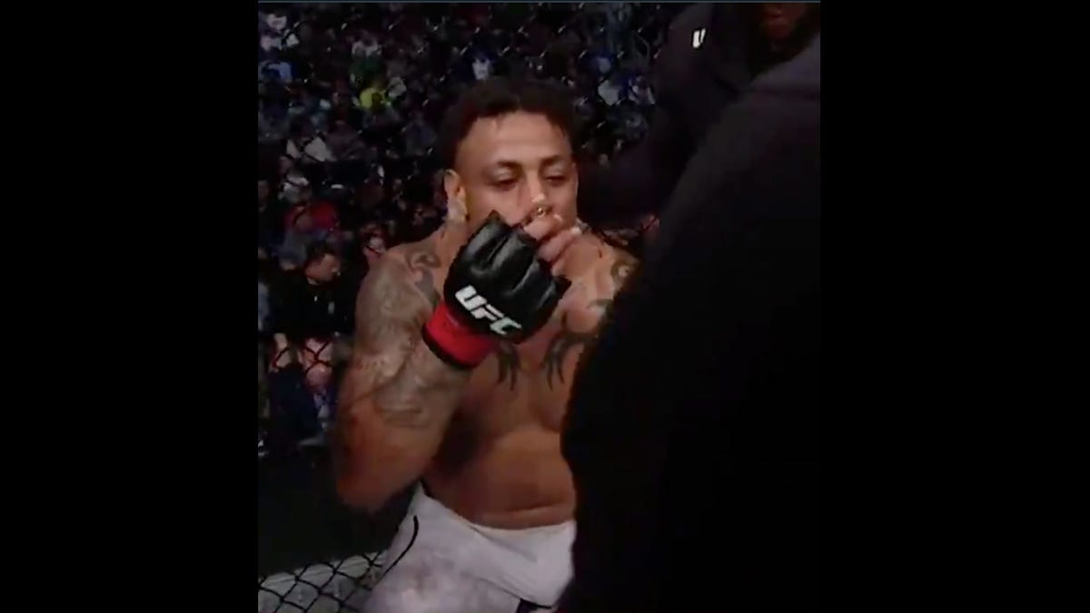 Greg Hardy Had A UFC Win Overturned Because He Used An Inhaler Between Rounds