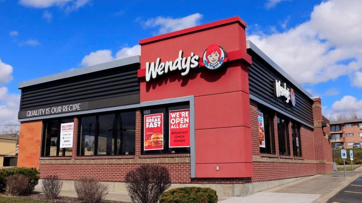 Wendy's breakfast is keeping the chain afloat in these Frosty times