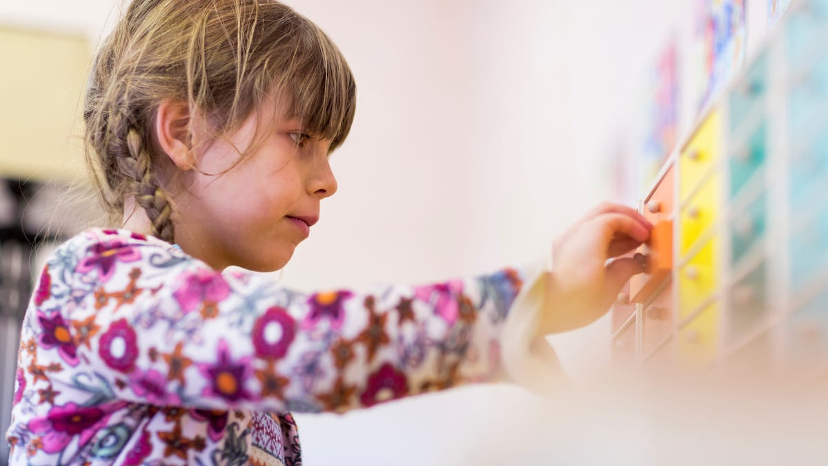 The Best Toys to Make Your Kid Independent, According to a Montessori Teacher