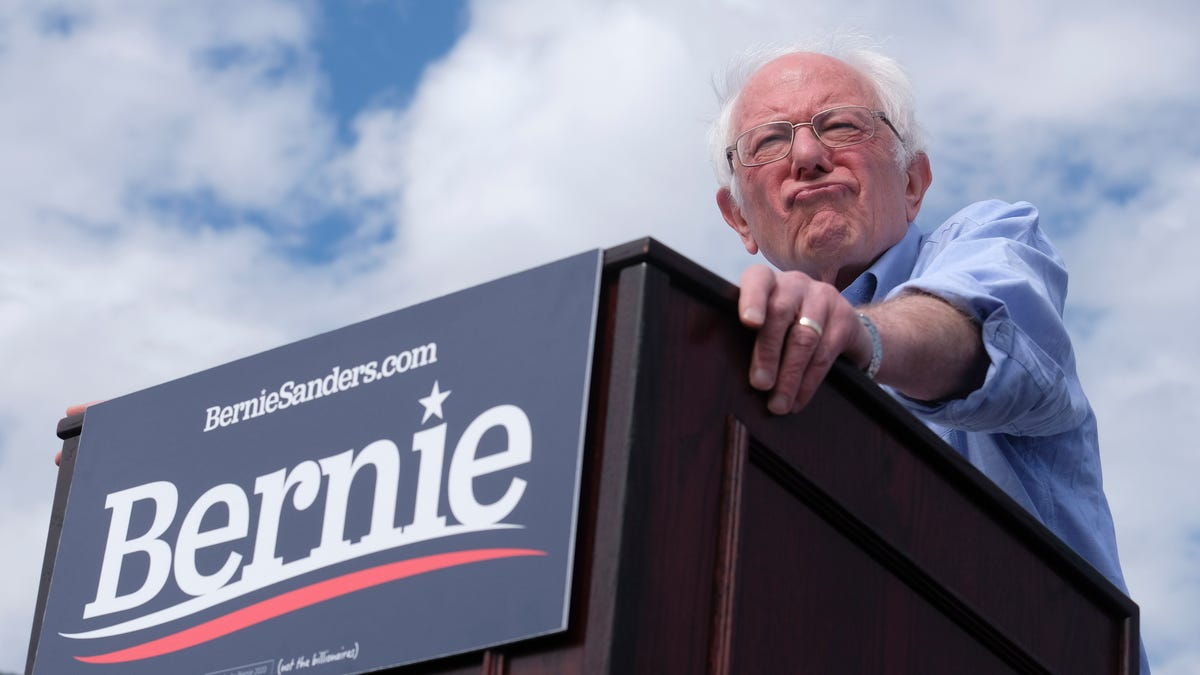 Sanders Rebuffs Alleged 'Help' From Moscow, Says None Needed From an 'Autocratic Thug'