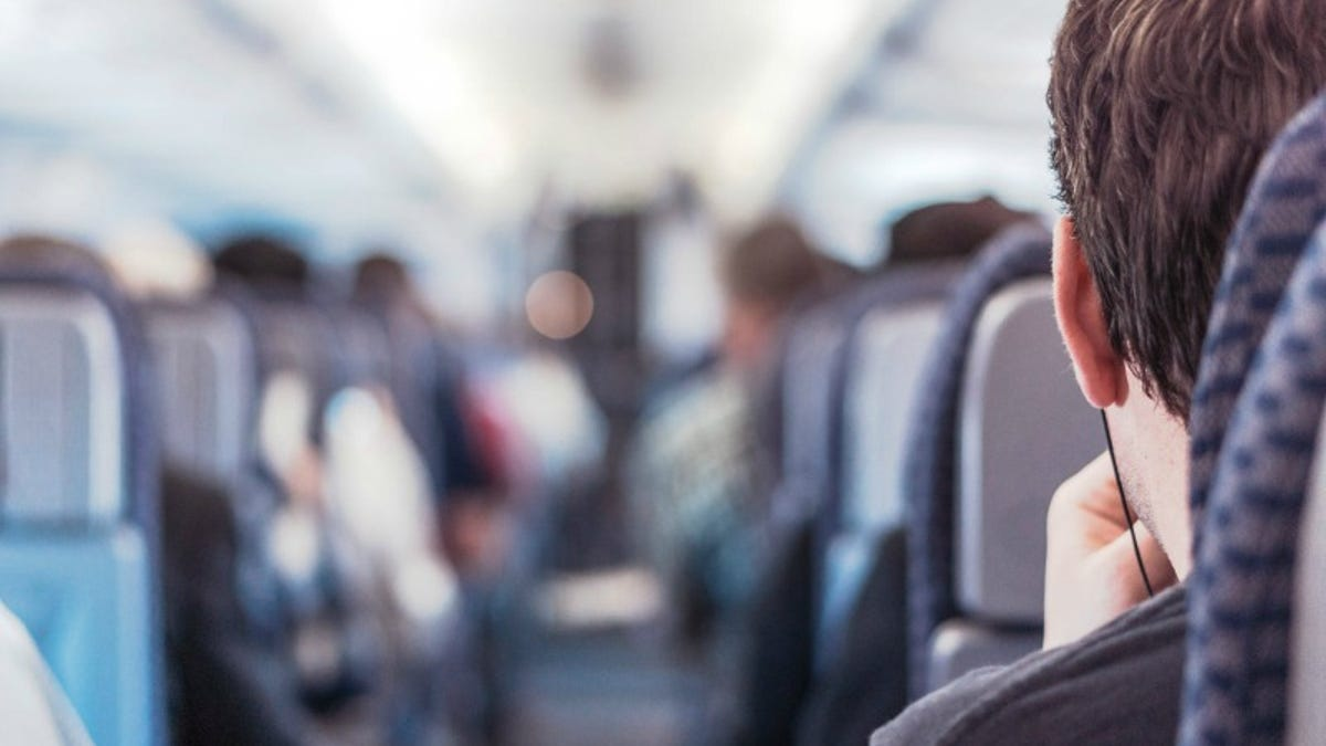 Ask For Another Free In-Flight Meal if You're Really Hungry on a Long Flight