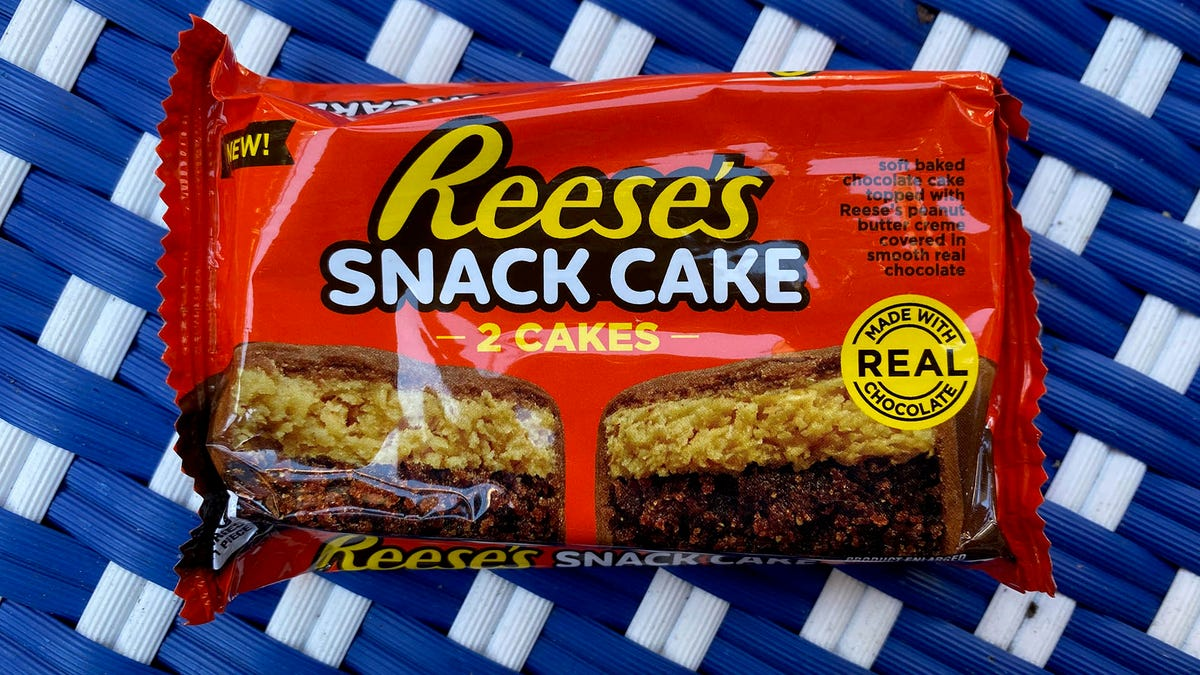 Reese's jumps into the snack cake game, with mixed results
