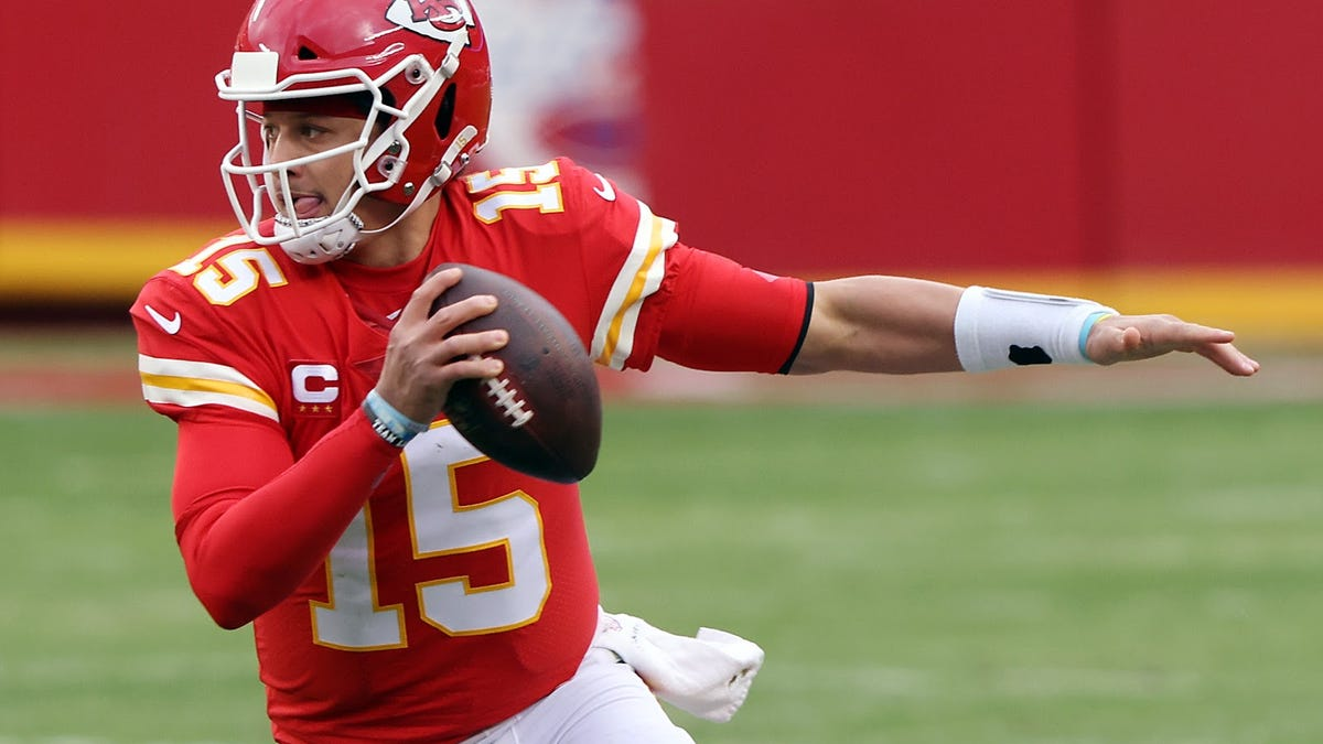 Patrick Mahomes is a go for Chiefs in AFC title tilt, so duel with Josh Allen is on