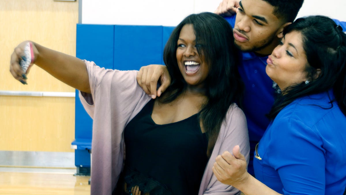 Coronavirus Continues To Devastate Basketball World As Karl Anthony Towns' Mother Dies