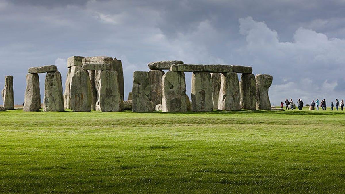 Hallan nuevos restos de hace más de 6.000 años cerca de Stonehenge