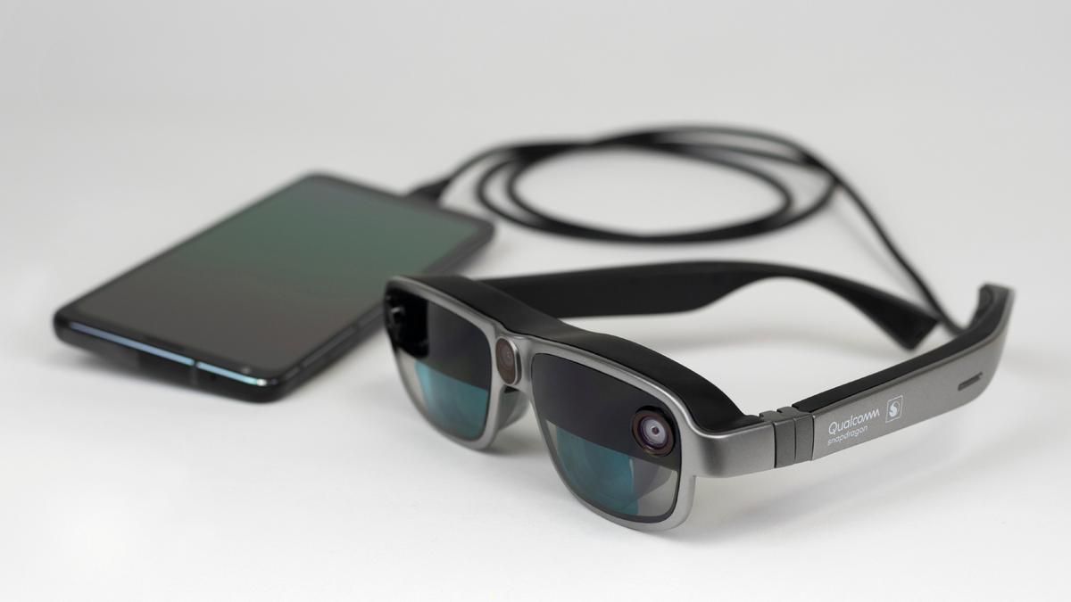Qualcomm's New AR Headset Design Might Make Smart Glasses More of a Thing