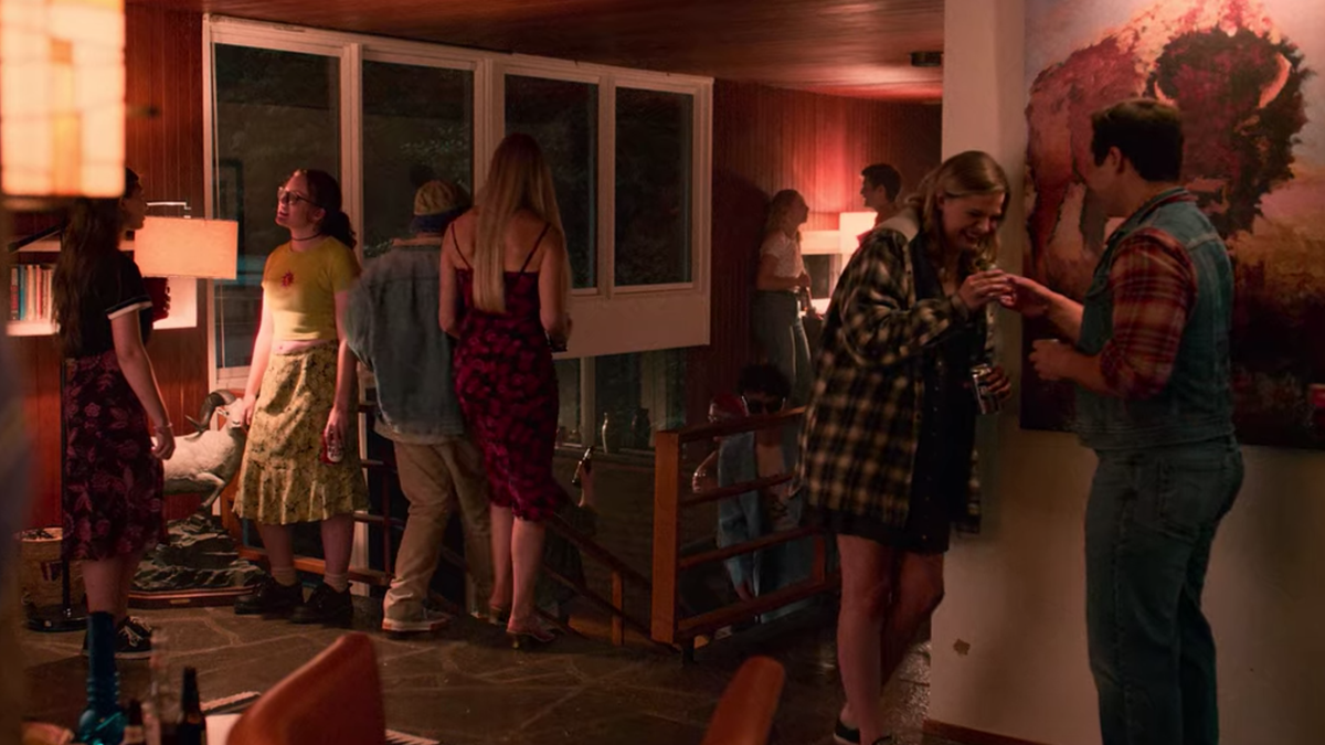 Why Are Netflix Teens All Dressed Like Aging Hipsters?