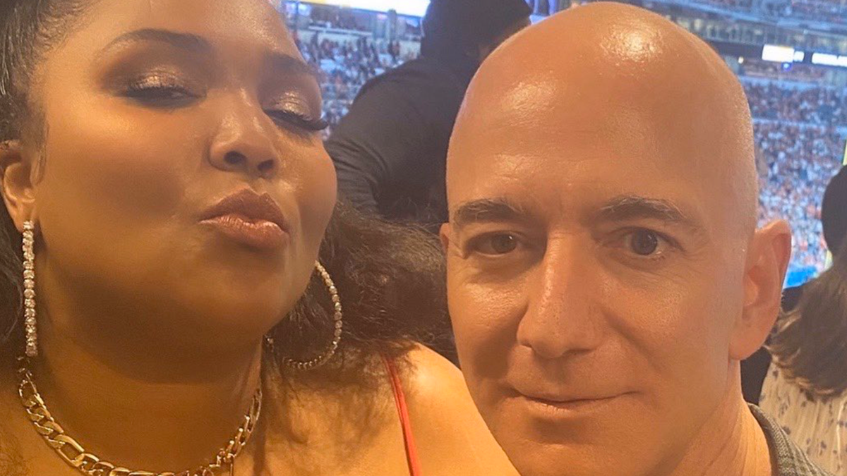 As if Destroying the Planet Wasn't Enough, Now Jeff Bezos Wants His Picture Taken With Lizzo