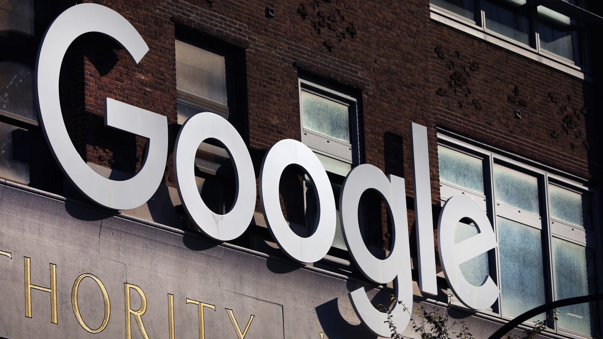 Google Says It Is Prohibiting Political Ads for a Week After November 3