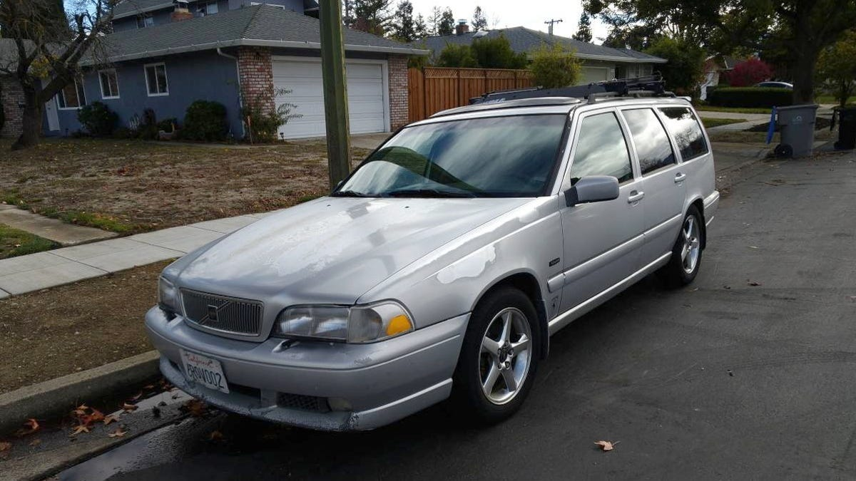 At $1,700, Could This Somewhat Rough 1998 Volvo V70 Still Make A Good 'R'-gument?