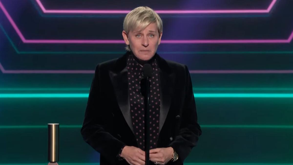 Ellen DeGeneres Desperately Attempts Damage Control in Her People's Choice Awards Acceptance Speech
