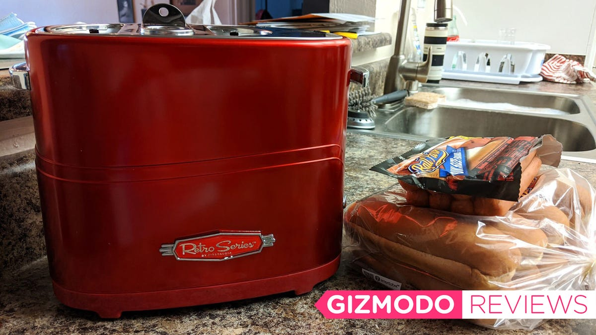 It Pains Me to Report This Hot Dog Toaster Is a Piece of Shit