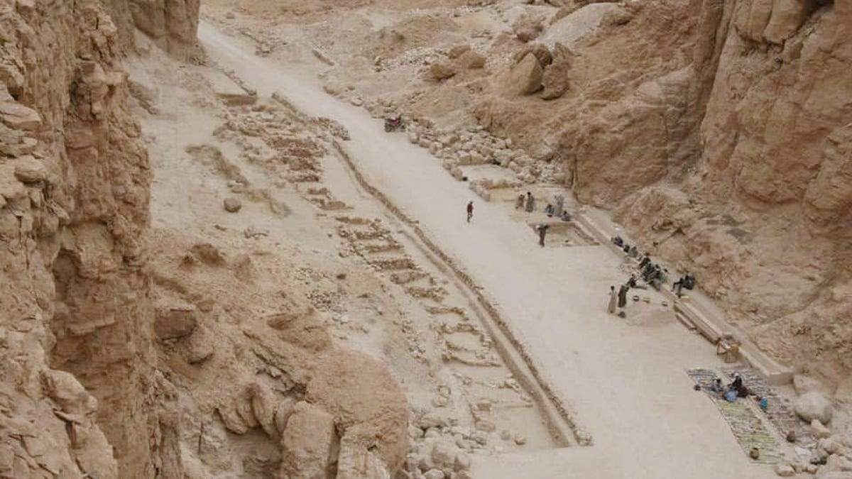 Ancient Egyptian 'Industrial Zone' Uncovered in Luxor's Valley of the Monkeys