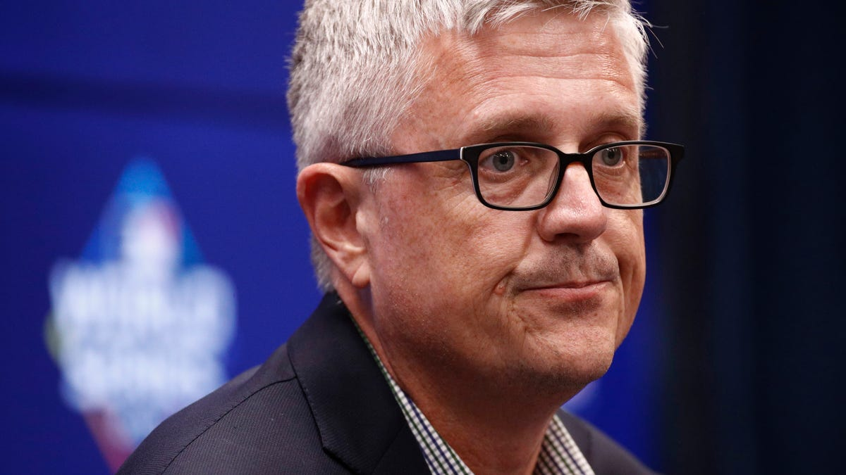 Astros GM Jeff Luhnow Keeps Digging And Digging