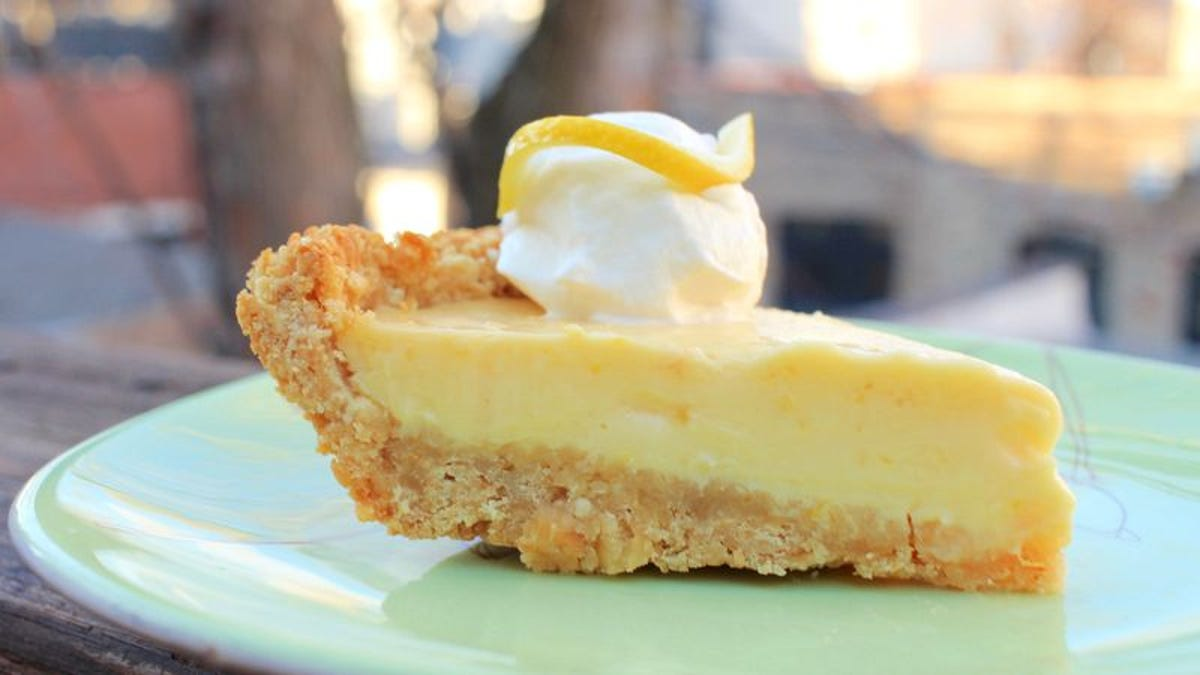 Forget graham crackers: Saltines make the best pie crust