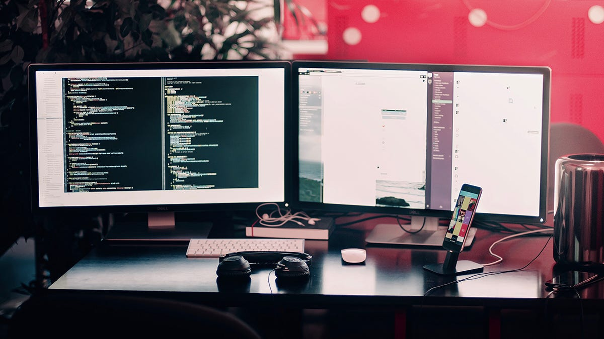 7 Tips And Tricks To Get The Most Out Of A Multi Monitor Setup