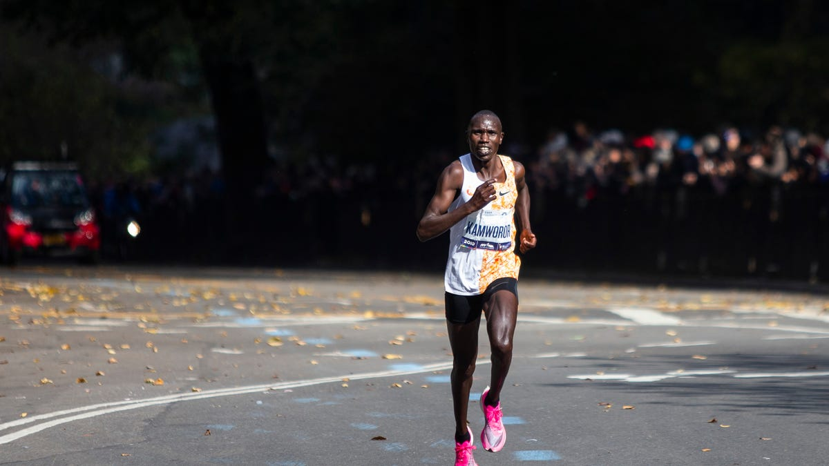 Kenyans Sweep NYC Marathon At A Canter