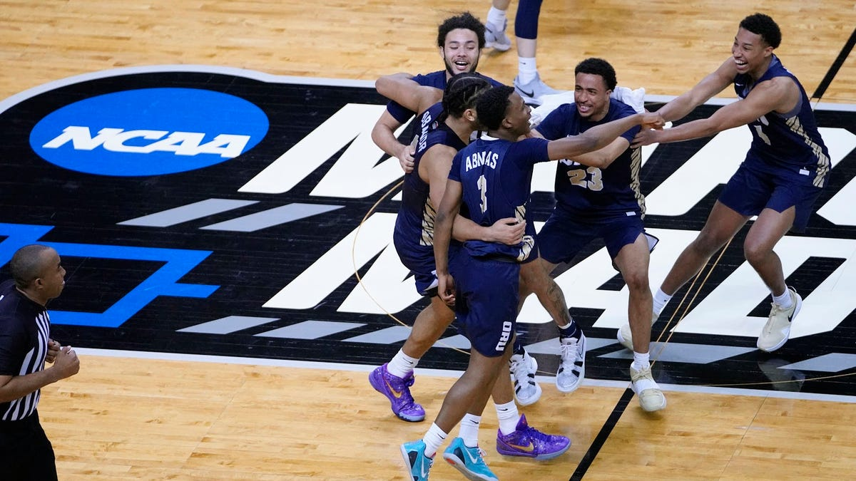 College football's lunge for March Madness-level money is sure to fail