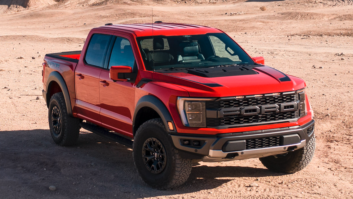This Is The New Ford F-150 Raptor And Yes It's Getting A V8