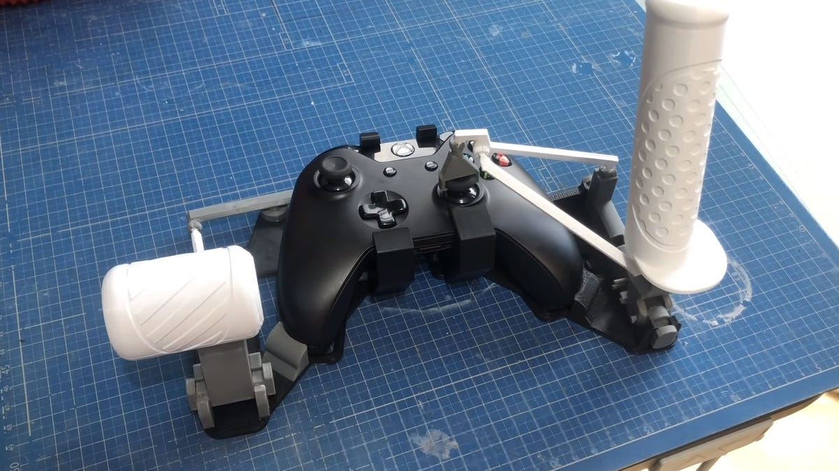 Turn Your Xbox Controller Into A Flight Stick