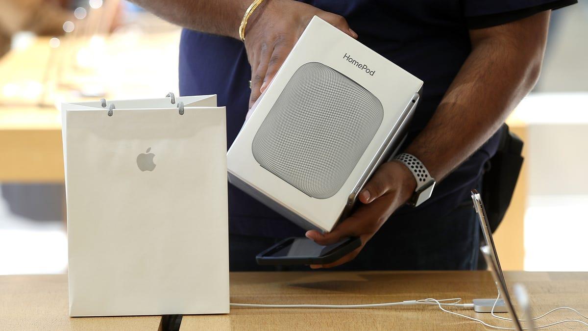 Apple's Giving Up on Its Original HomePod Smart Speaker - Gizmodo