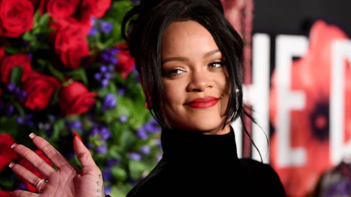 Rihanna Admits That She Turned Down The Super Bowl Halftime Show In Solidarity With Colin Kaepernick